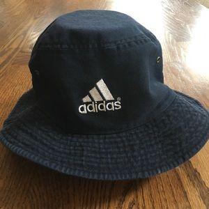 Men's Vintage Adidas bucket hat
